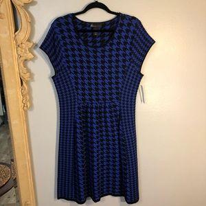 NWT Lane Bryant Woven Cap Sleeve Dress. Geometric
